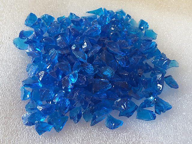 Elektrischblauw gerecycled glas