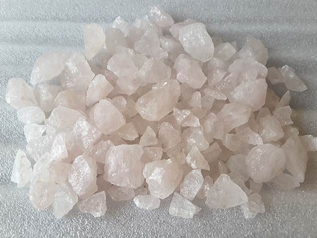 Pink Quartz Chipping