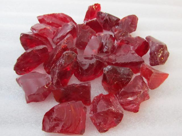 Red Recycled Glass Chippings
