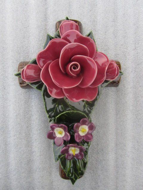 Ceramic One Rose Violette Cross 29cm